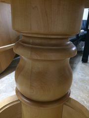 Schöner Tisch-Holzfuss massiv