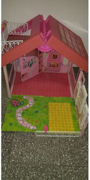 Barbie klappbares Haus