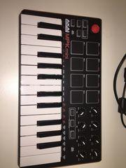 Musik - AKAI MPK mini keyboard
