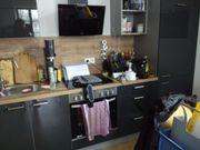Küchenzeile mit herd Backofen Kühlschrank
