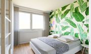 Einbauküche und Balkon im Grünen