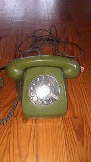 Wählscheibentelefon 611-2 olivgrün