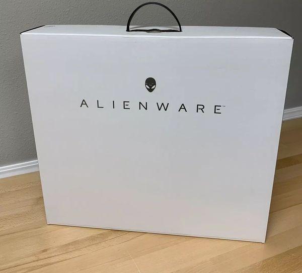 Alienware - 17 3 R5