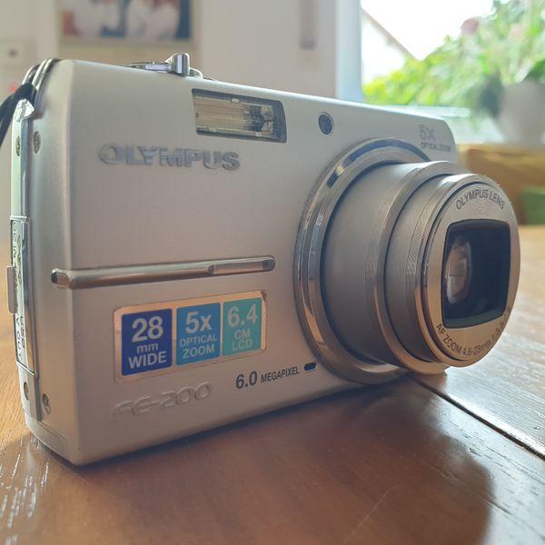 Digitalkamera Olympus FE-200
