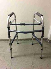 Stehhilfe für Gehbehinderte