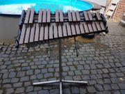 gut erhaltene Marimba F-Ton