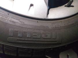 Sonstige Reifen - Sommer Reifen mit Felgen Radkappen