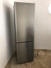 A HOOVER Kühl- Gefrierschrank