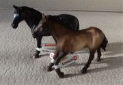 Schleich Pferde 2 Hengste Original