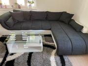 Sehr schöne Couch
