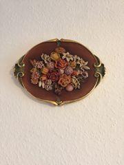 Holzrelief- Blumenbild