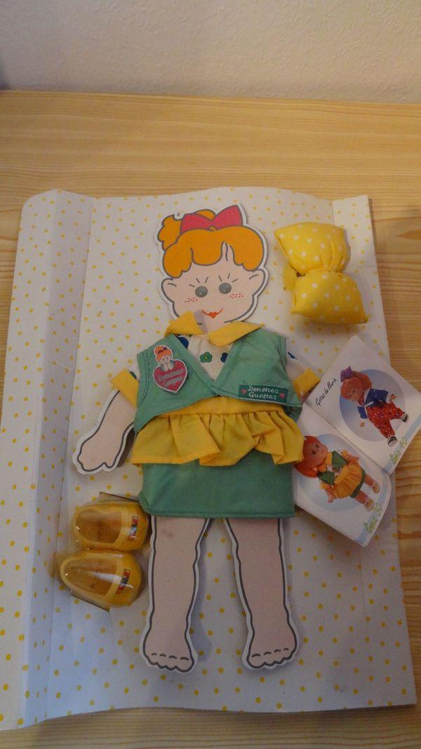 Puppenkleidung - Set NEU - Größe klein