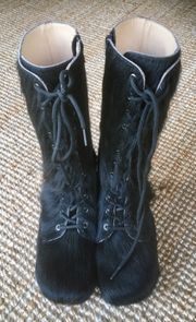DEVICH Stiefel schwarz Fell