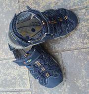 Geox Sandale mit Zehenschutz Gr