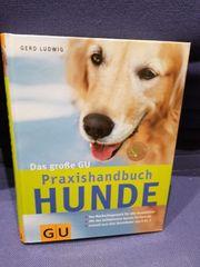 Praxisbuch Hunde