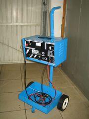 Batterieladegerät 12V 24V 15A Güde