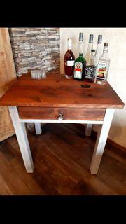 Ein Tisch mit Geschichte