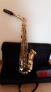 Selbstspielendes Saxofon