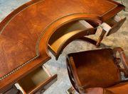 Orgineller Vintage Schreibtisch mit passendem