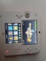 Nintendo 3 DS mit 18