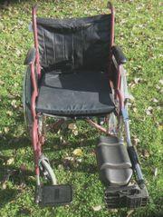 Faltbarer Rollstuhl mit 2 Bremse