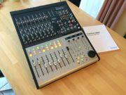 Focusrite Control 2802 Professioneller Audio-Mixer