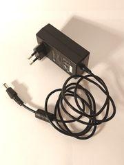 Steckernetzteil Netzteil Netzgerät 12V 2A