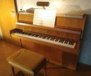 Klavier Grotrian Steinweg 110M top