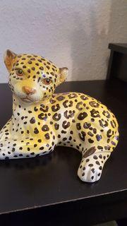 Leopardenbaby aus Keramik 15 cm