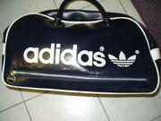 Adidas Sport--Tasche in blauer Lederoptik