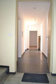 3-Zimmer-Whg Essl -Zollberg bis Mai