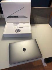 Apple MacBook Pro Retina Touchbar