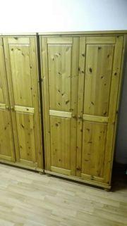 Holz Kleider- Wäscheschrank