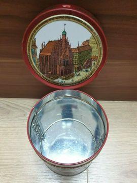 3 x leere Blechdosen Lebkuchendosen: Kleinanzeigen aus Nürnberg St Leonhard - Rubrik Sonstige Sammlungen