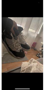 Jorden Schuhe