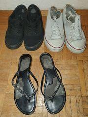 Getragene Schuhe und BH s