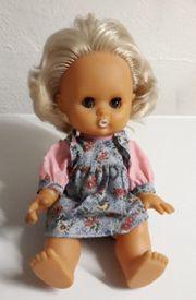 Blonde Puppe- blaugraues Kleid mit