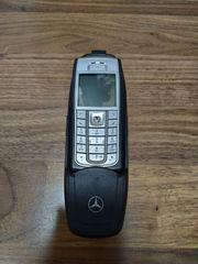 Mercedes Aufnahmeschale mit Handy