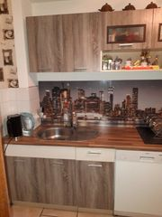 Küchenzeile mit E Geräte Herd