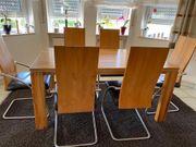 Esstischgruppe mit 8 Stühlen - massive