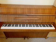 deutsches Klavier Steinberg gestimmt funktionsfähig