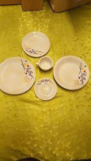 Porzellan Geschirrset Tassen zu verkaufen