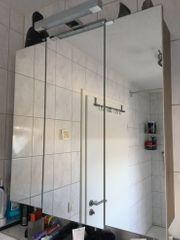 Spiegelschrank neuwertig