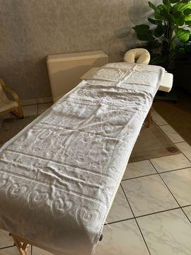 Wohlfühl und Entspannungsmassagen für die: Kleinanzeigen aus Bickenbach - Rubrik Er sucht Sie (Erotik)