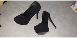 Schuhe, Stiefel - High Heels teils neu teils
