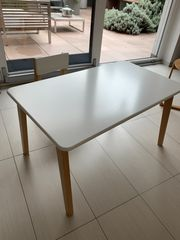 Kindertisch und Stuhl von Bopita