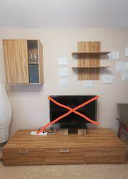 Wohnwand aus Sideboard Vitrine und
