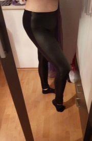 biete getragene Leggings an