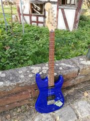 E-Gitarre Squier Showmaster mit Reversed