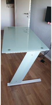 Schreibtisch mit Glasplatte in weiß